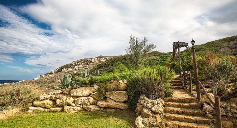 Kıbrıs Gazimağusa Tatlısu Satılık 5+1 Villa